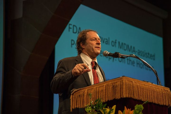 Doblin gives a presentation on MDMA-assisted psychotherapy for PTSD at the 2015 Horizons conference in New York City.