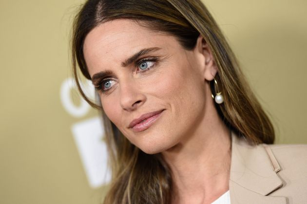 Amanda Peet Continues To Fight For You, Jon Snow