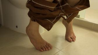 woman toilet lavatory peeing urinate short leg