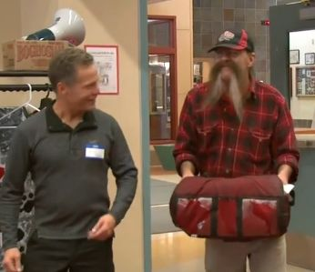 An Alaska church gave pizza delivery manKenneth Felber a $1,900 tip.