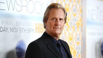 LOS ANGELES, CA - NOVEMBER 04:  Actor Jeff Daniels attends the premiere of 'The Newsroom' at DGA Theater on November 4, 2014 in Los Angeles, California.  (Photo by Jason LaVeris/FilmMagic)