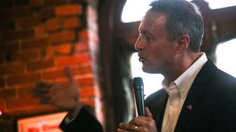 UNITED STATES - 2015/10/17: Former Maryland Governor and Democratic presidential candidate Martin O'Malley holds a town hall meeting campaign event at The Peddler's Daughter restaurant and pub. (Photo by Luke William Pasley/Pacific Press/LightRocket via Getty Images)