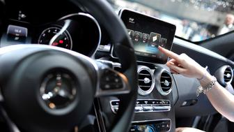 GENEVA, SWITZERLAND - MARCH 05:  An Apple CarPlay screen is seen in a Mercedes-Benz car during the press day of the 84th International Motor Show which will showcase novelties of the car industry on March 5, 2014 in Geneva, Switzerland.  (Photo by Harold Cunningham/Getty Images)