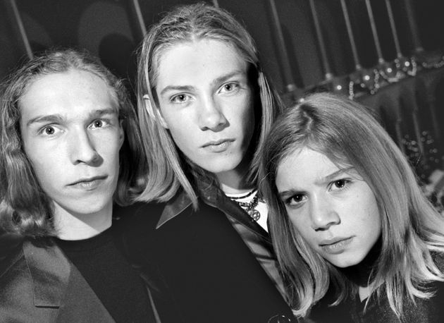 "<span class='image-component__caption' itemprop=""caption"">Isaac, Taylor and Zac Hanson, 1997. </span>"