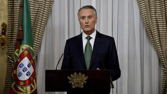 Portuguese President Anibal Cavaco Silva addresses the nation from Belem Presidential palace after his meeting with Portugal's centre-right leader Pedro Passos Coelho (unseen) in Lisbon on October 6, 2015. Passos Coelho on October 5, 2015 savoured an election victory that came despite four difficult years of austerity and many predictions of defeat, but the premier faces turbulence in the months ahead, commentators said.   AFP PHOTO/ PATRICIA DE MELO MOREIRA        (Photo credit should read PATRICIA DE MELO MOREIRA/AFP/Getty Images)