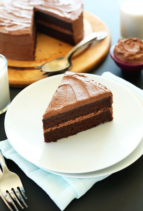 "<strong>Get the <a href=""http://minimalistbaker.com/one-bowl-vegan-chocolate-cake/"" target=""_blank"">One-Bowl Vegan Chocolate"