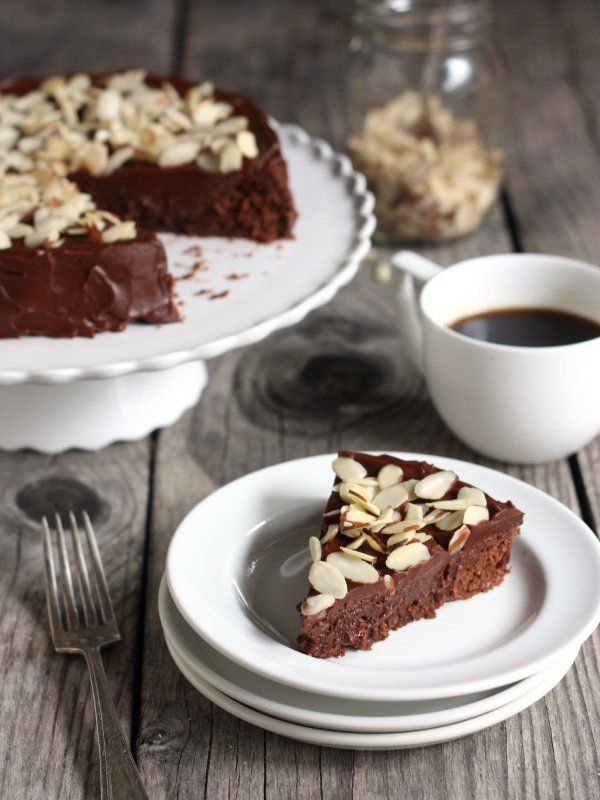"<strong>Get the <a href=""http://www.completelydelicious.com/2013/09/chocolate-almond-cake.html"" target=""_blank"">Chocolate Alm"