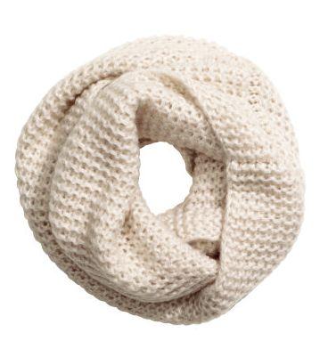 "<i><a href=""http://www.hm.com/us/product/33191?article=33191-B&cm_mmc=pla-_-us-_-ladies_accessories_hats_scarves-_-33191&"