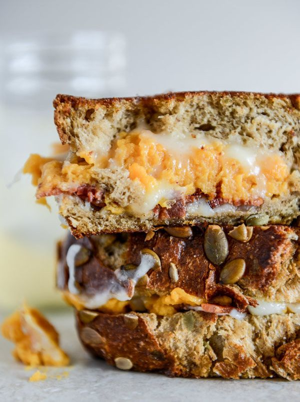 """<strong>Get the <a href=""""http://www.howsweeteats.com/2013/11/leftover-sweet-potato-casserole-brie-and-bacon-grilled-cheese/"""">"""