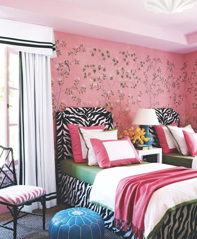 How to do wallpaper like it 39 s 2016 - Exciting image of home decoration using pink zebra wallpaper ...