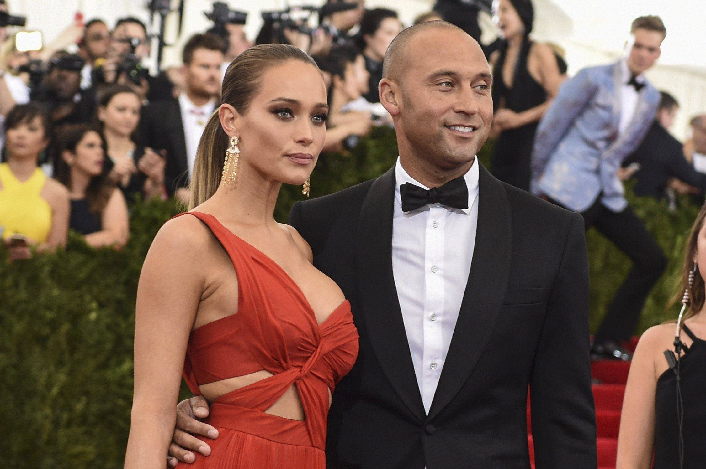 Derek Jeter and Hannah Davis arrive at the Costume Institute Gala BenefitonMay 5, 2015, in New York.