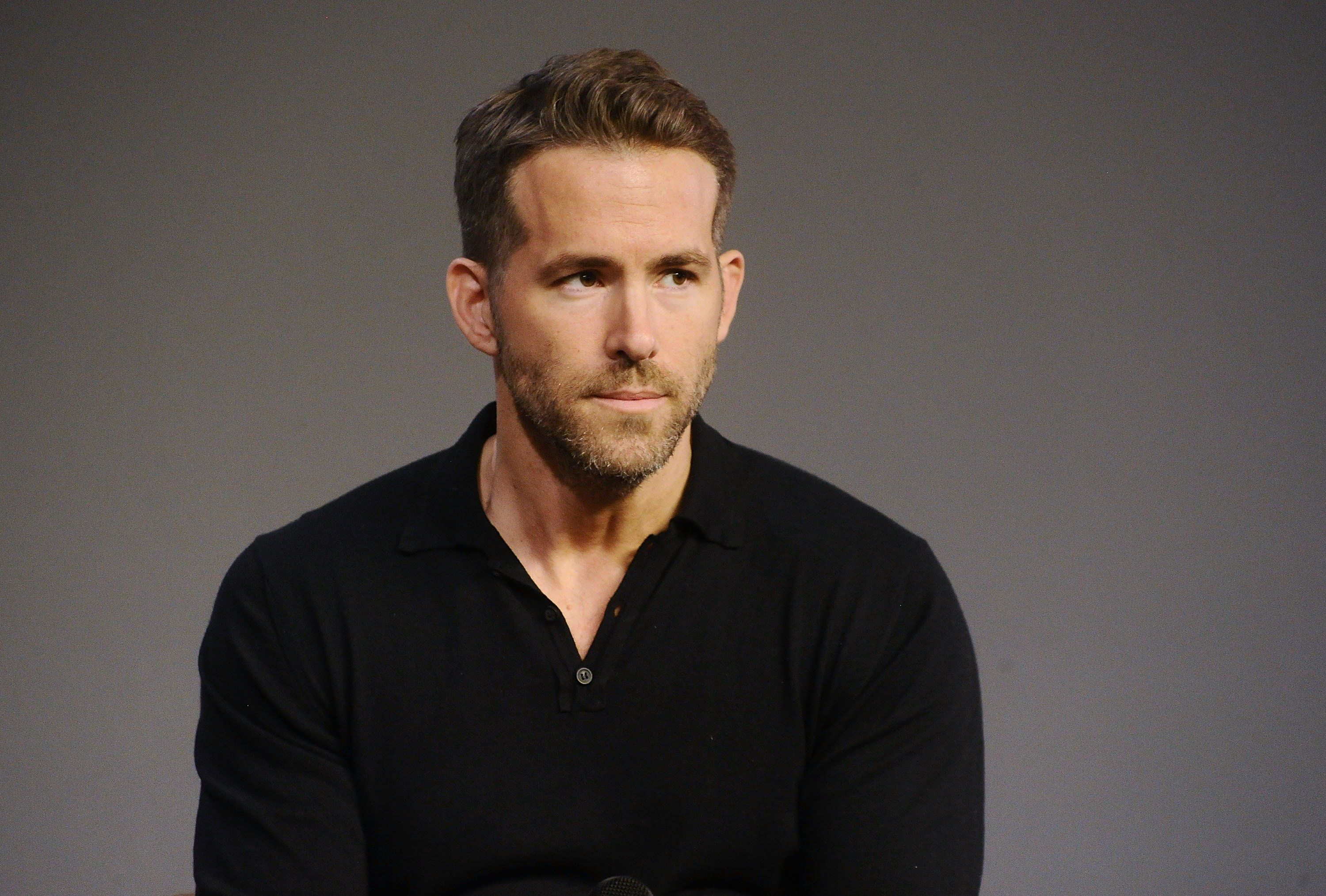 NEW YORK, NY - SEPTEMBER 21:  Actor Ryan Reynolds discusses his new film 'Mississippi Grind' at Apple Store Soho on September 21, 2015 in New York City.  (Photo by Daniel Zuchnik/WireImage)
