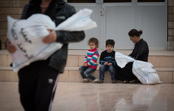 "Many refugees in the Middle East&nbsp;<a href=""http://www.unhcr.org/562a16326.html"" target=""_blank"">skip meals</a> to save mo"