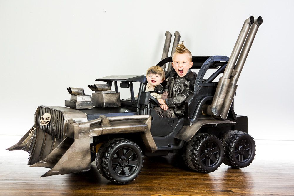 Jeremy Newton-Smith  sc 1 st  HuffPost & Parents Create Truly Epic u0027Mad Maxu0027 Halloween Costume For Kids ...