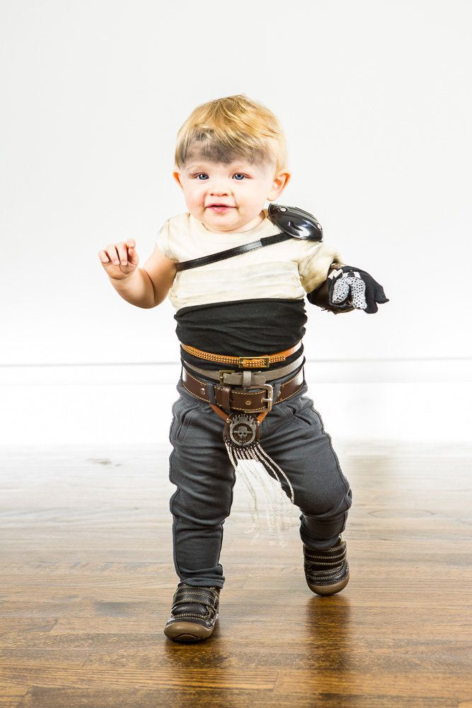 Parents Create Truly Epic u0027Mad Maxu0027 Halloween Costume For Kids | HuffPost  sc 1 st  HuffPost & Parents Create Truly Epic u0027Mad Maxu0027 Halloween Costume For Kids ...