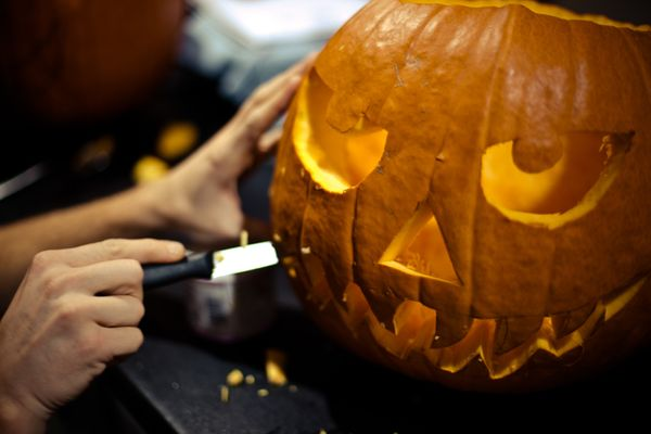 "Carving pumpkins? <a href=""http://www.thedoctorstv.com/videos/pumpkin-carving-safety"" target=""_blank"">Avoid a major injury</a"