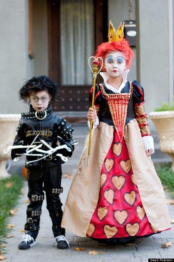 Alice In Wonderland Halloween Costume Family.This Creative Mom S Family Halloween Costumes Are Next Level