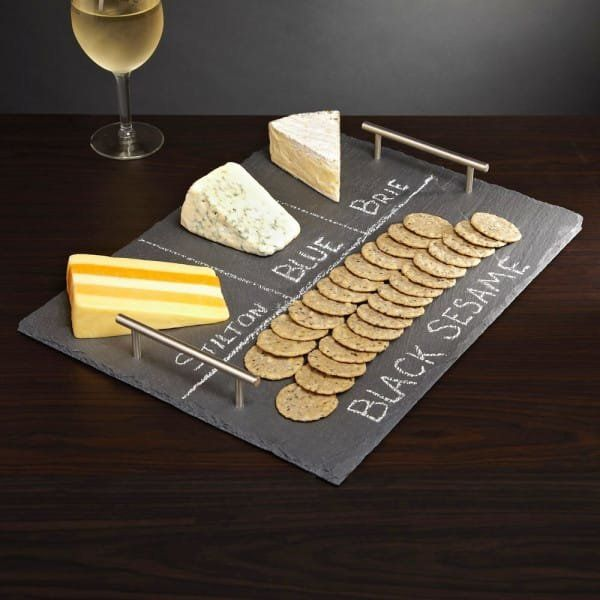 "<a href=""http://www.littlethings.com/diy-chalkboard-cheese-plate/"" target=""_blank"">Make your own chalkboard cheese board usin"