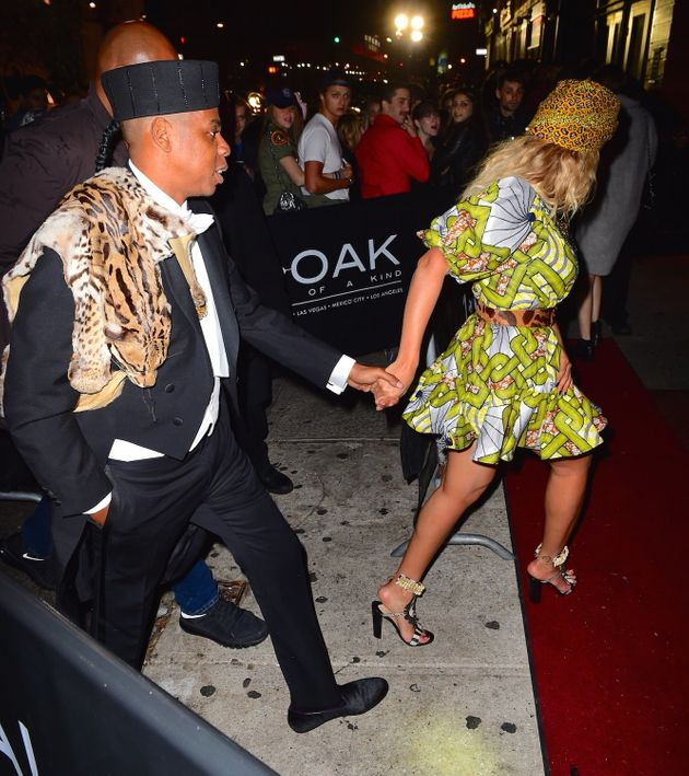 Jay Z And Beyonce Rock Coming To America Costumes For Halloween Huffpost