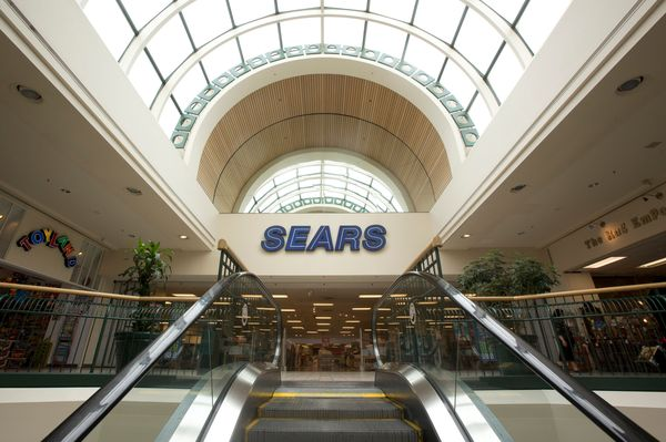 Sears Holdings Corporation (NASDAQ: SHLD), which currently owns and operates both the Sears and Kmart brands, has been strugg