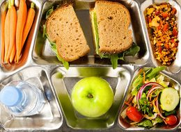 4 Nutritionist-Approved Strategies  For Packing Your Lunch