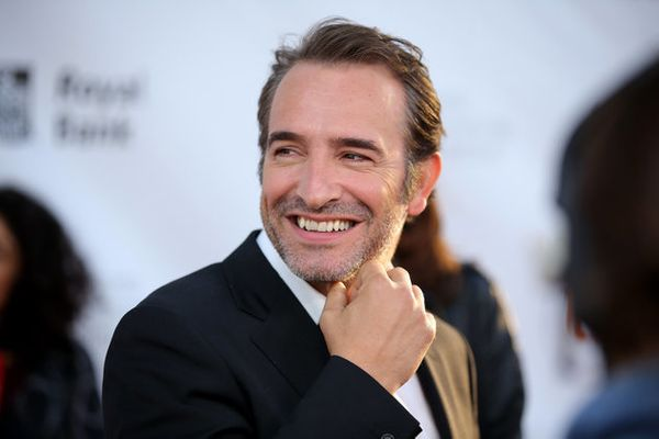 14 awesome non british men who could be the next james for Agent jean dujardin