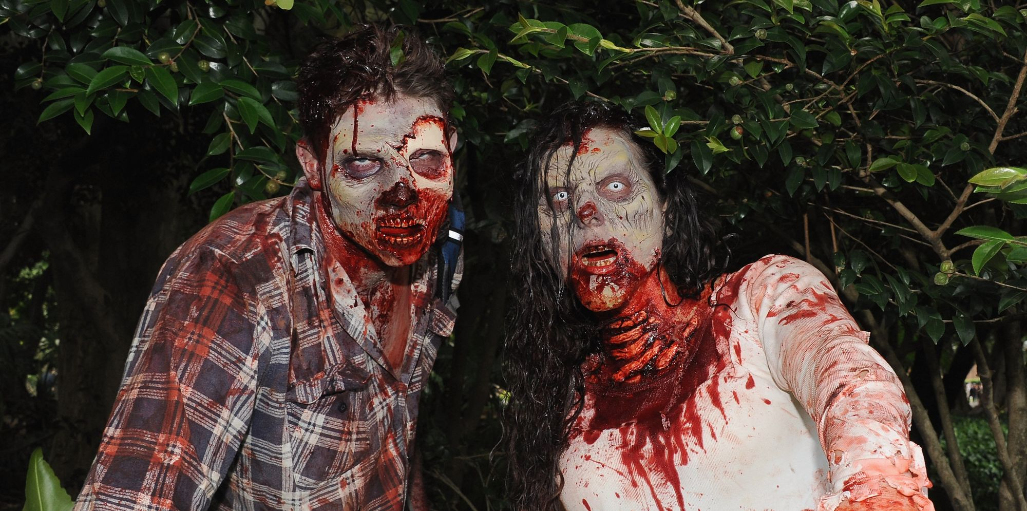 walking dead syndrome It's called the cotard syndrome or the walking dead disorder named after a french doctor jules cotard, the cotard syndrome is a neurological condition in which severe degeneration of neural synapses occurs and messes with the facial recognition and emotion centres of the brain.