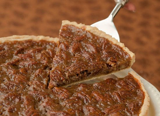 "<strong>Get the <a href=""http://www.theppk.com/2011/08/maple-pecan-pie/"">Maple Pecan Pie</a> recipe by Post Punk Ki"