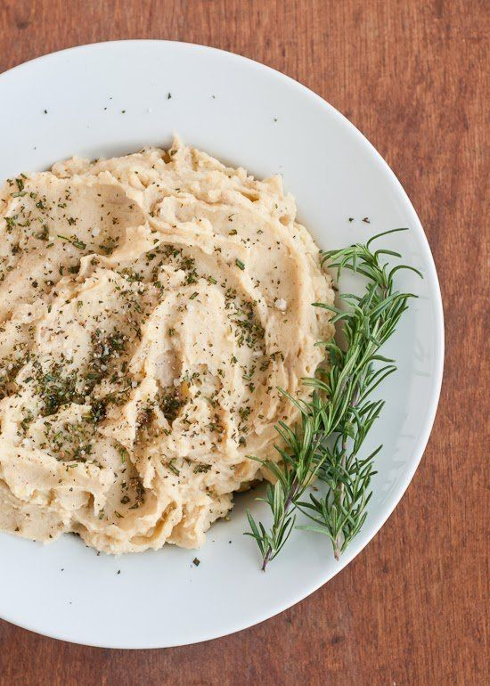 """<strong>Get the <a href=""""http://cafejohnsonia.com/2013/11/brown-butter-mashed-potatoes-with.html"""" target=""""_blank"""">Brown Butte"""