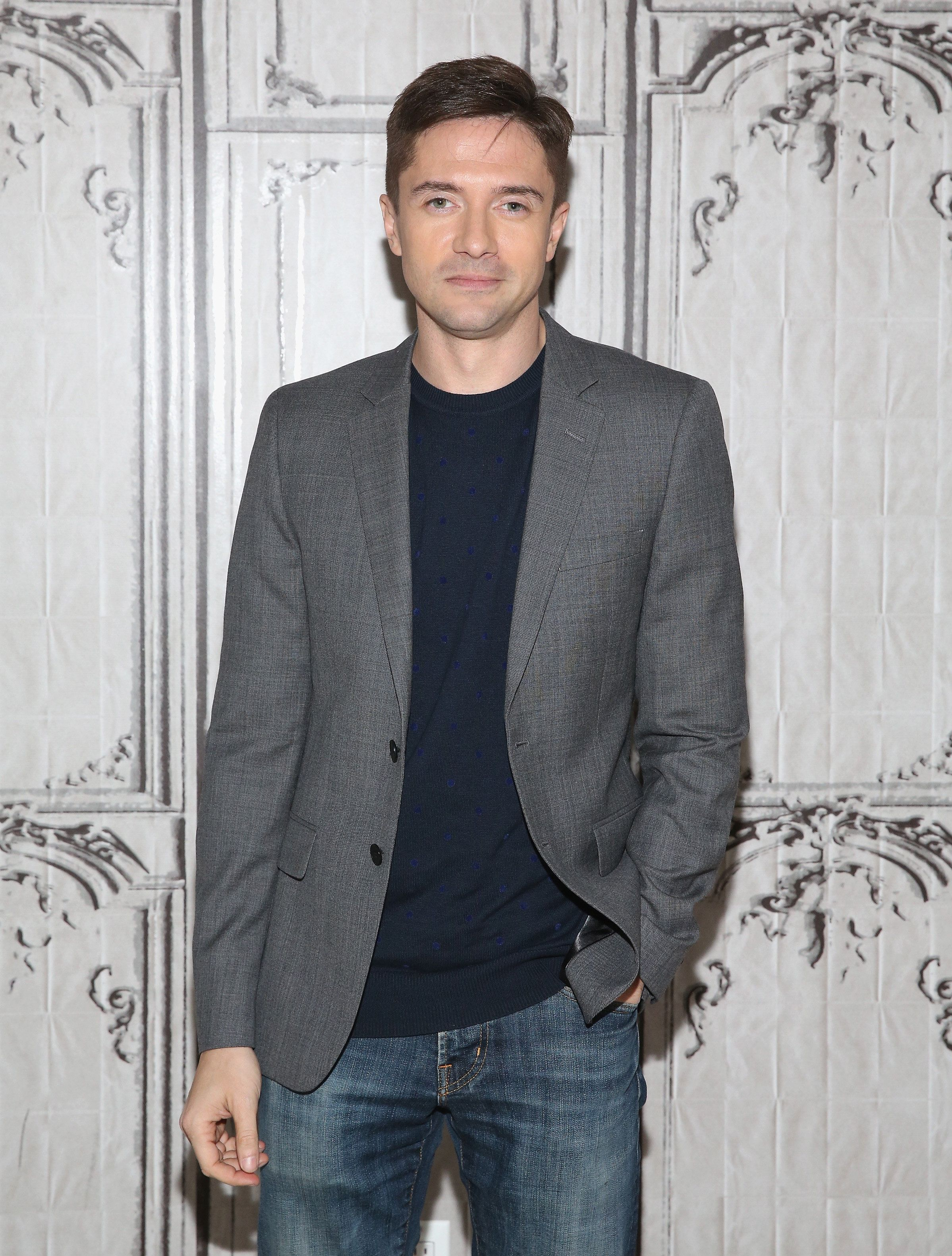 NEW YORK, NY - NOVEMBER 04:  Topher Grace attends AOL BUILD Presents: Topher Grace, 'Truth' at AOL Studios In New York on November 4, 2015 in New York City.  (Photo by Robin Marchant/Getty Images)
