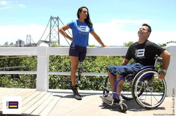 People with disabilities found comfort and functionalityinLado B Moda Inclusiva's clothes.