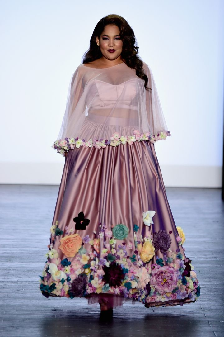 plus-size designer ashley nell tipton wins 'project runway' | huffpost