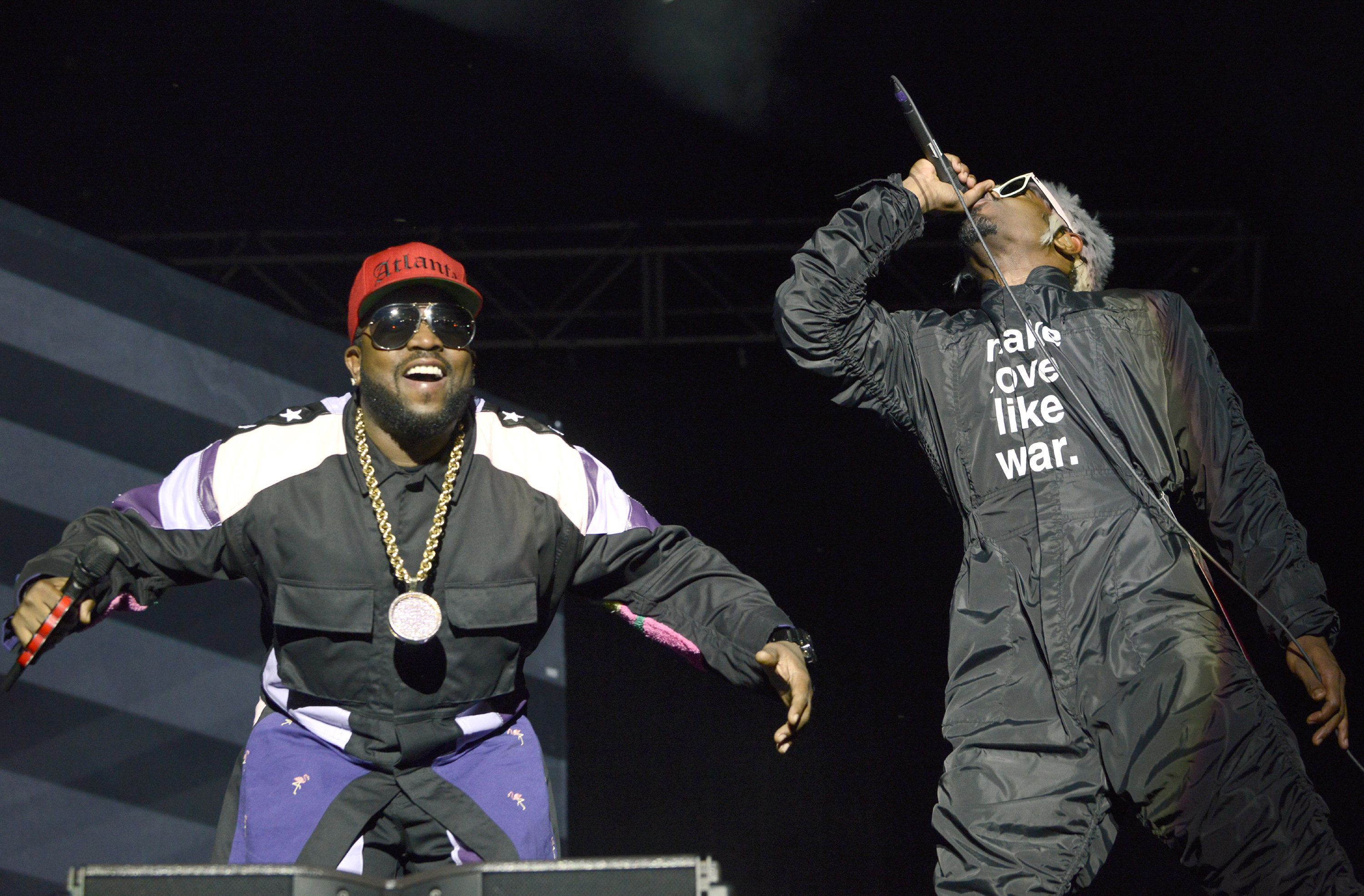 AUSTIN, TX - OCTOBER 03:  Big Boi (L) and Andre 3000 of Outkast perform during the Austin City Limits Music Festival at Zilker Park on October 3, 2014 in Austin, Texas.  (Photo by Tim Mosenfelder/Getty Images)