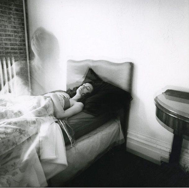 """Brittany Markert, """"Wake Up Wake Up"""""""