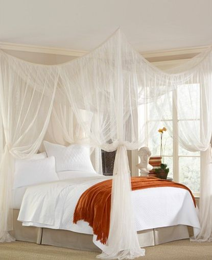 "<i><a href=""http://www1.macys.com/shop/product/mombasa-bedding-majesty-canopy?ID=550254&pla_country=US&CAGPSPN=pla&am"