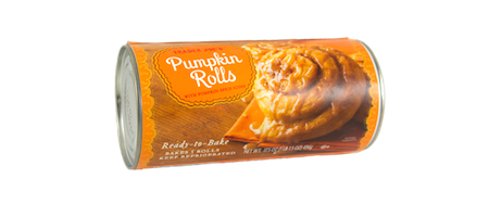 Forget Cinnabon. This pumpkin roll is all you'll ever need for your sweet tooth. Pumpkin purée, fall season spices, go