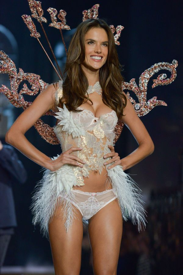 all the best photos from the victoria 39 s secret fashion show huffpost. Black Bedroom Furniture Sets. Home Design Ideas
