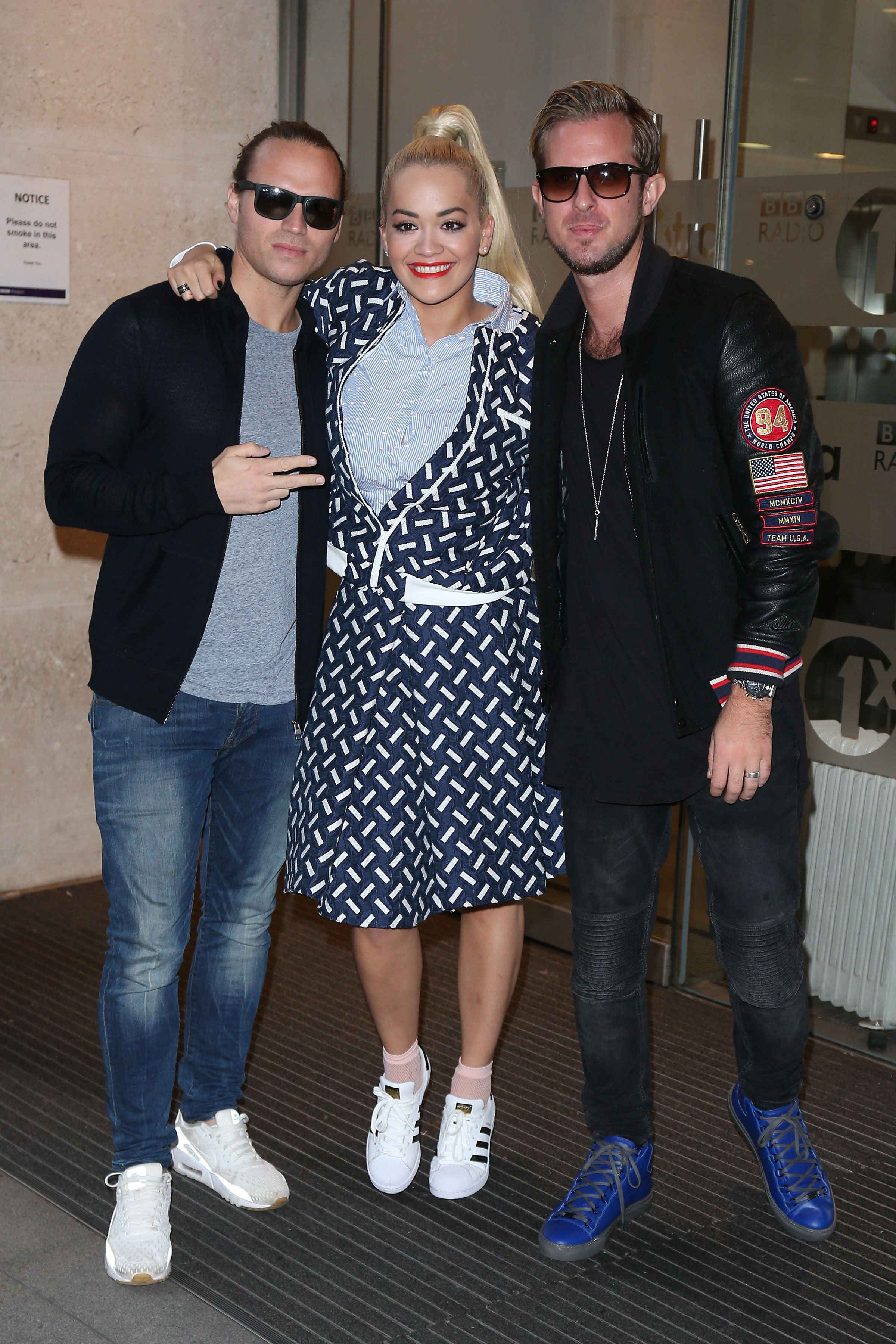 LONDON, ENGLAND - NOVEMBER 05:  Rita Ora with Joe Lenzie and Cameron Edwards from Sigma seen at BBC Radio One on November 5, 2015 in London, England.  (Photo by Neil P. Mockford/GC Images)