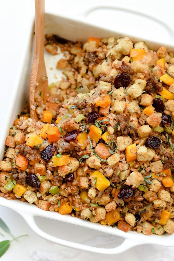 "<strong>Get the <a href=""http://www.foodiecrush.com/farro-butternut-squash-sausage-and-dried-cherry-stuffing/"" target=""_blank"