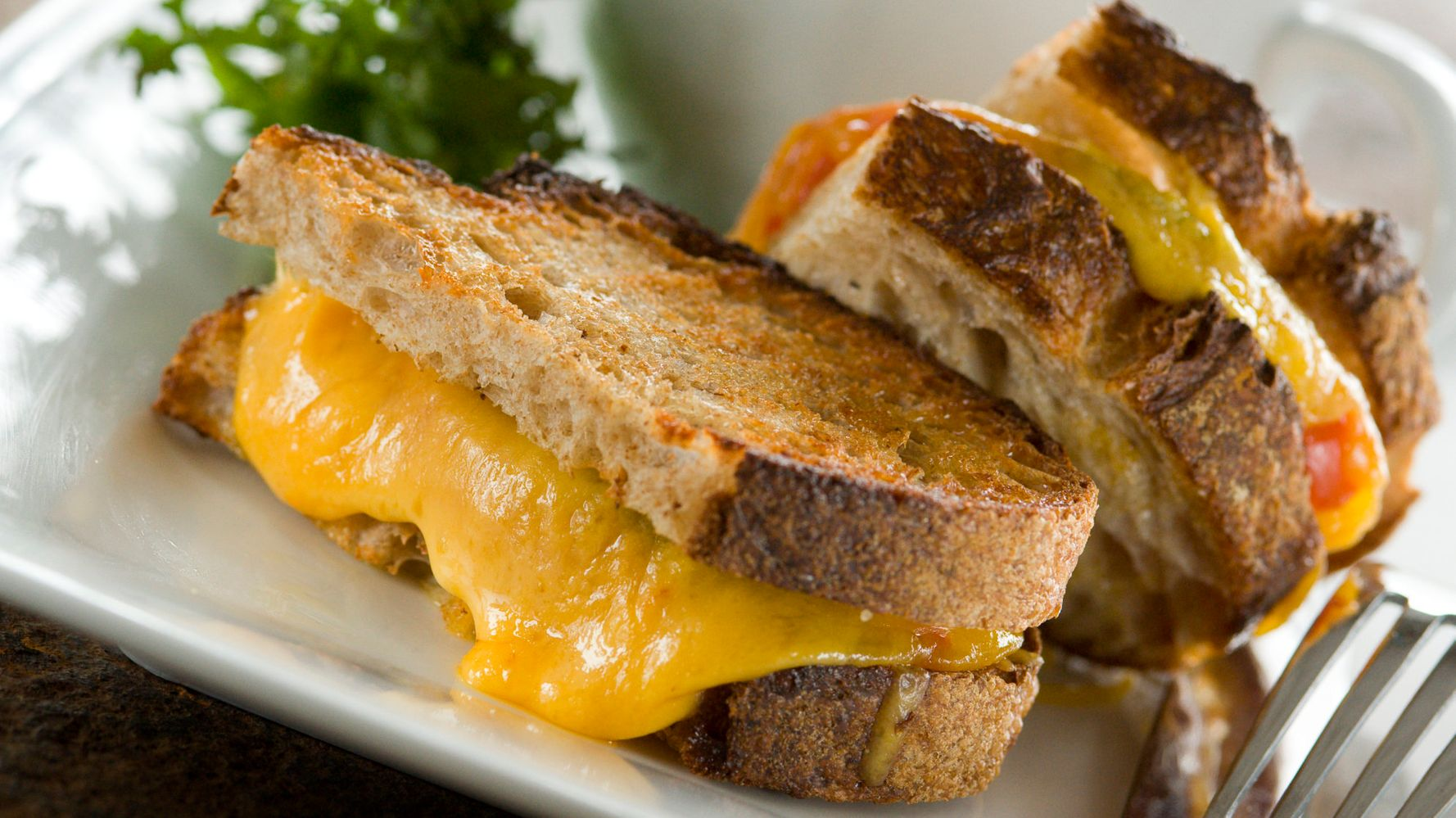 This Is The Best Cheese For Grilled Cheeses, According To Science