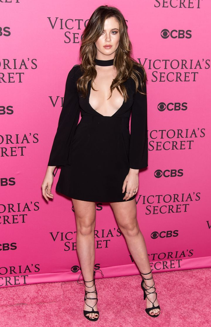 Black dress victoria secret - Gilbert Carrasquillo Via Getty Images