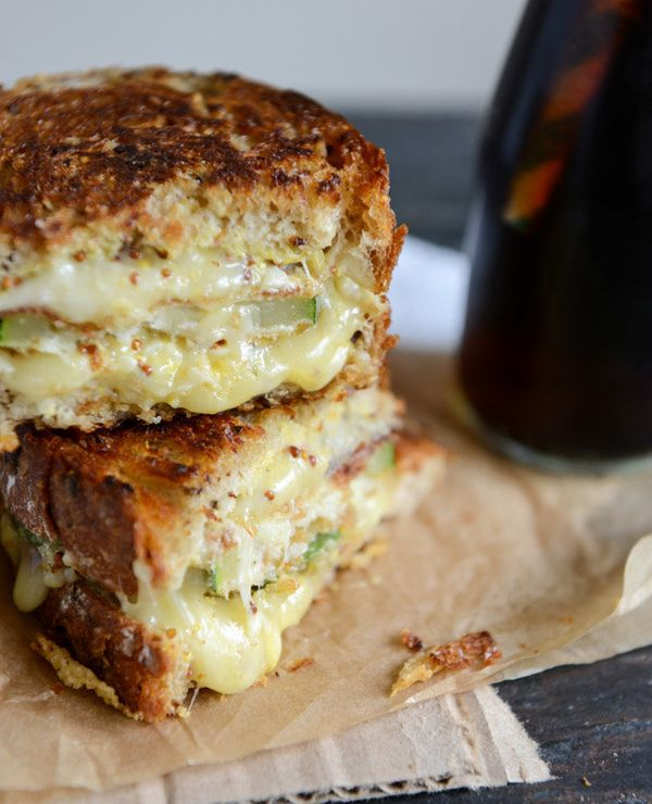 "<strong>Get the <a href=""http://www.howsweeteats.com/2013/06/crispy-zucchini-grilled-cheese-with-dijon-horseradish-aioli/"" ta"