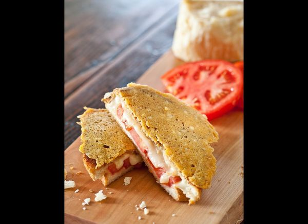 "<strong>Get the <a href=""http://steamykitchen.com/21442-super-frico-grilled-cheese-sandwich.html"" target=""_hplink"">Super Fric"