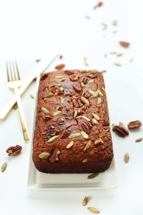 "<strong>Get the <a href=""http://minimalistbaker.com/1-bowl-pumpkin-bread-v-gf/#_a5y_p=2727797"" target=""_blank"">One-Bowl Pumpk"