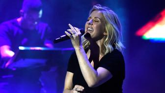 NEW YORK, NY - NOVEMBER 11:  Ellie Goulding performs at American Express Presents: AMEX UNSTAGED Featuring Ellie Goulding Directed By Scarlett Johansson at Hammerstein Ballroom on November 11, 2015 in New York City.  (Photo by Kevin Mazur/Getty Images for American Express)