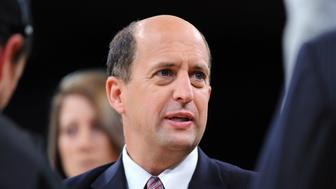 ESPN announcer Jeff Van Gundy on the court floor prior to Lakers and the Boston Celtics playing in game four of the NBA Finals Thursday, June 12, 2008 at Staples Center.  (Photo by Wally Skalij/Los Angeles Times via Getty Images)
