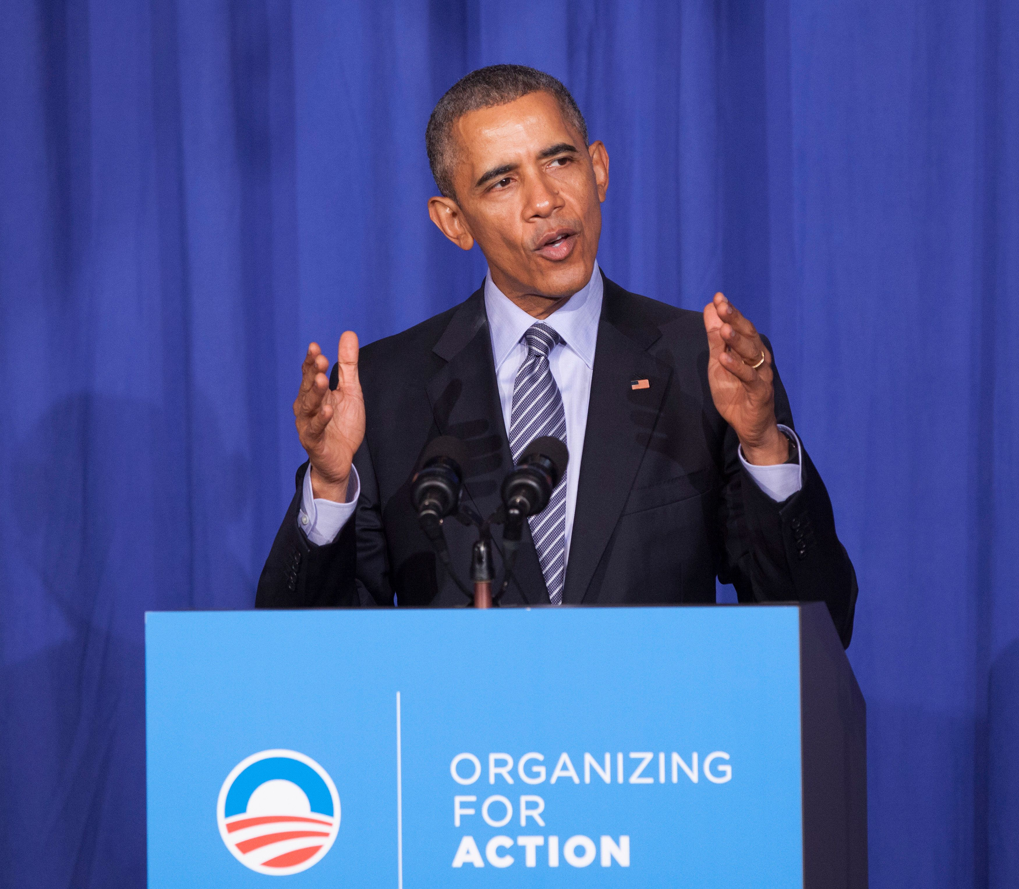 WASHINGTON, DC - NOVEMBER 9:  U.S. President Barack Obama makes remarks at an Organizing for Action dinner on November 9, 2015 in Washington, DC.  Organizing for Action is a community organizing project that supports the policies of President Obama. (Photo by Chris Kleponis-Pool/Getty Images)