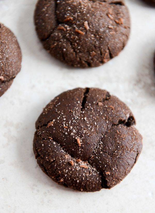 "<strong>Get the <a href=""http://www.howsweeteats.com/2013/12/mocha-coconut-crinkles/"" target=""_blank"">Mocha Coconut Crinkle C"