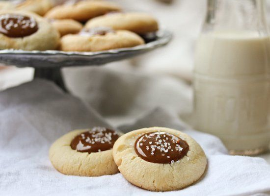 "<strong>Get the<a href=""http://aspicyperspective.com/2010/11/catch-spirit.html"" target=""_hplink""> Dulce de Leche and Nutella"