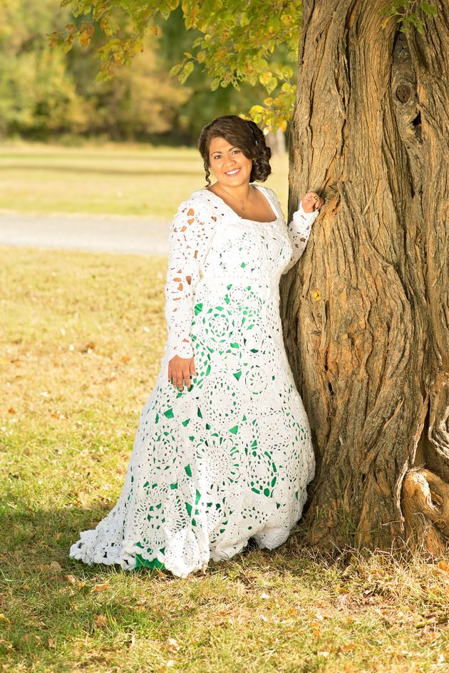 bride and her aunt spent 8 months crocheting a oneofa